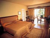 Comfortable rooms, luxury suites and attractive bungalows